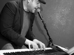 pianoman2