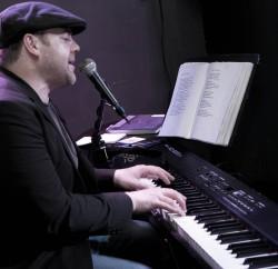 pianoman1